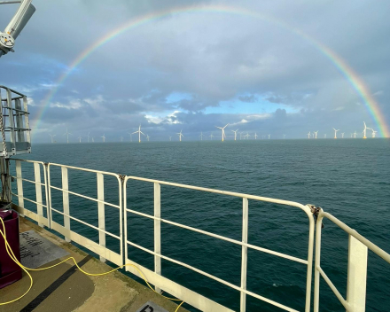 Underwater inspections on structures of offshore windmills with ROV, both on the outside and inside